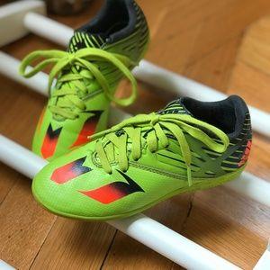 Kids futsal (indoor soccer) shoes